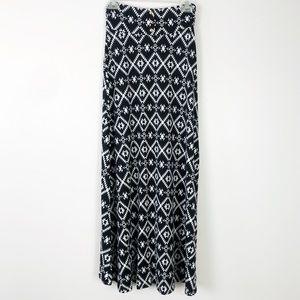 Geometric ethnic print maxi skirt gold button trim